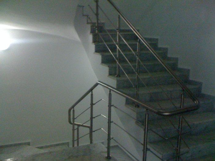 Cheraga Loue 3 Niveaux de 250m²