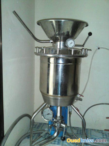 آلات لصنع حليب الصويا و العصير المختلف