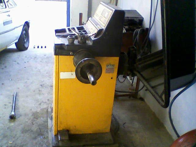 Machine de suspension et équilibrage
