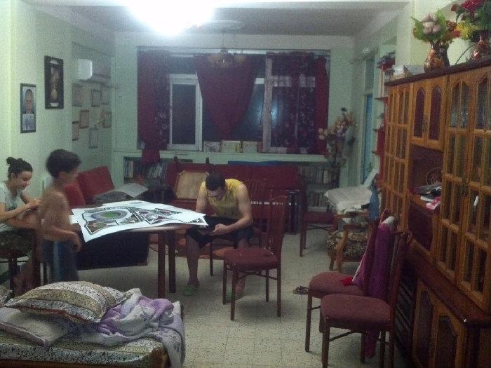 شقة من 6 غرف وسط مدينة باتنة