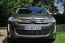 سيارة نوع سيتروان (سي 4 )