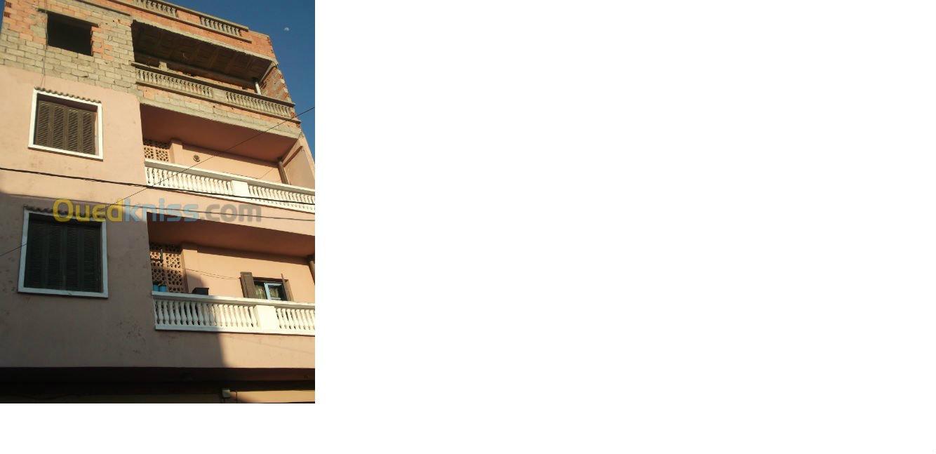 فيلا من 3طوابق في بني صاف