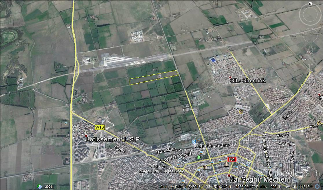 Terrain 143m² à Relizane 505 millions