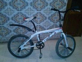 دراجة من نوع bmx