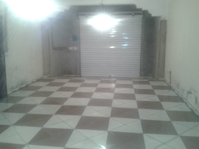 Local de 47 m2 + un autre local de 80m2 boulvard kiffane tlemcen