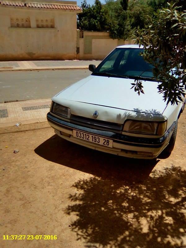 سيارة رونو21