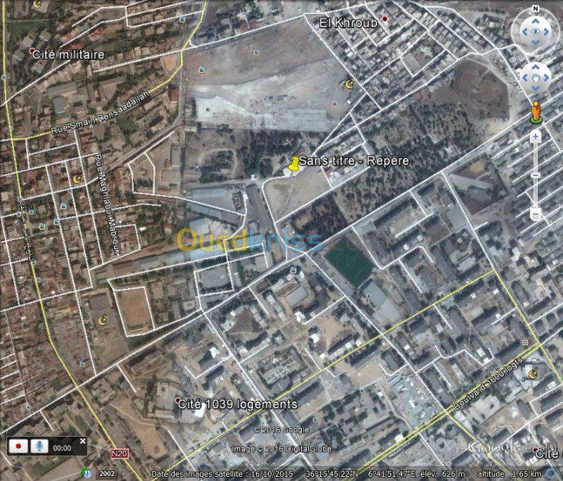 Niveaux de villa rez -de- chausser très bien située au centre ville d'elkhroub
