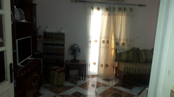 Appartement F-3 2eme étage chara Chlef.