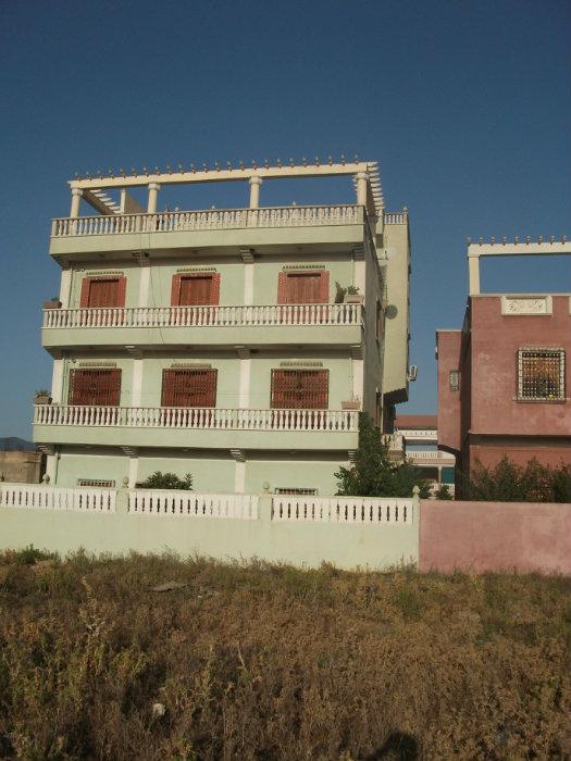 Villa en R +3 à Guelma