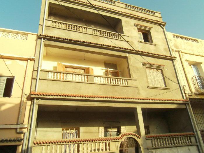Grande villa à 2 étages, la Pépinière Mostaganem