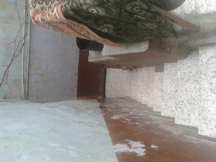سكن يقع بحي بوزيد مقابل دار الثقافة