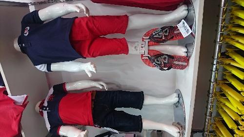Jolie mode habillement pour enfants