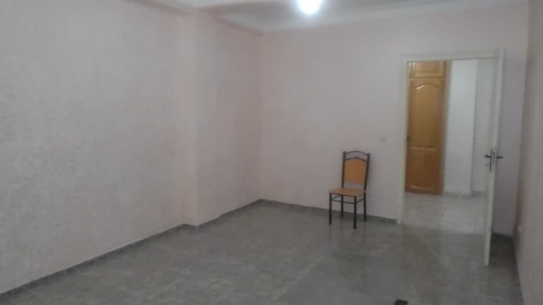 F2 partiellement meublé TALA OURIANE