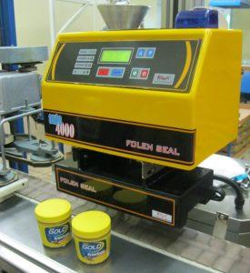 Machine de scellage d'opercule automatique