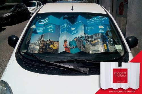 Pare-soleil publicitaire automobile en cartonf