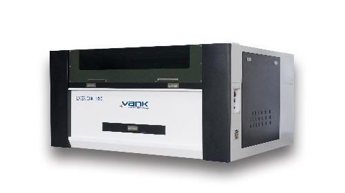 Machine de découpe au laser CO2