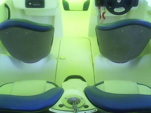 BRP jet boat 2001