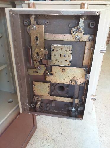 Réparation ouverture coffre et serrure 24H24