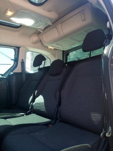 بيع سيارة سيتروان برلينغو ملتيسبايس 2018
