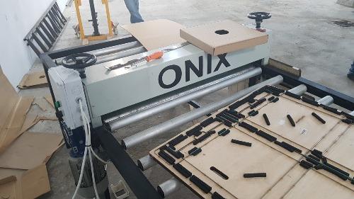 Machines découpe carton