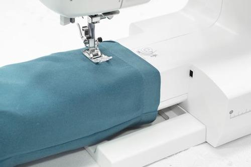 ماكينة الخياطة كوبرا طراز 4000