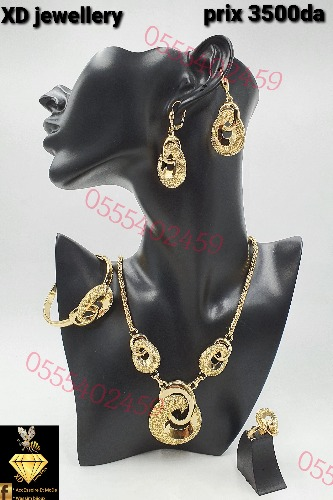 Bijoux et parure en plaqué